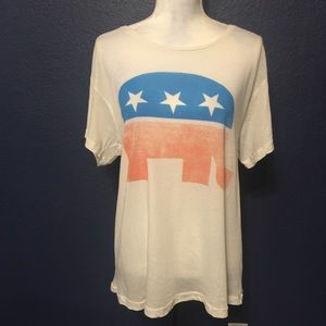 WILDFOX REPUBLICAN ELEPHANT OVERSIZE SOFT TEE